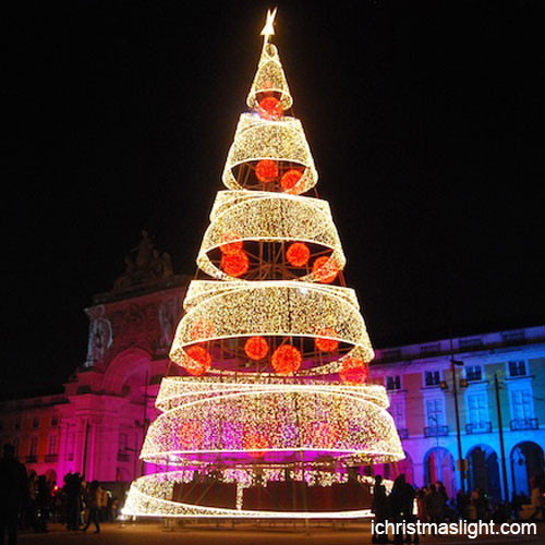 Outdoor Spiral Christmas Trees  Outdoor spiral Christmas trees made in China