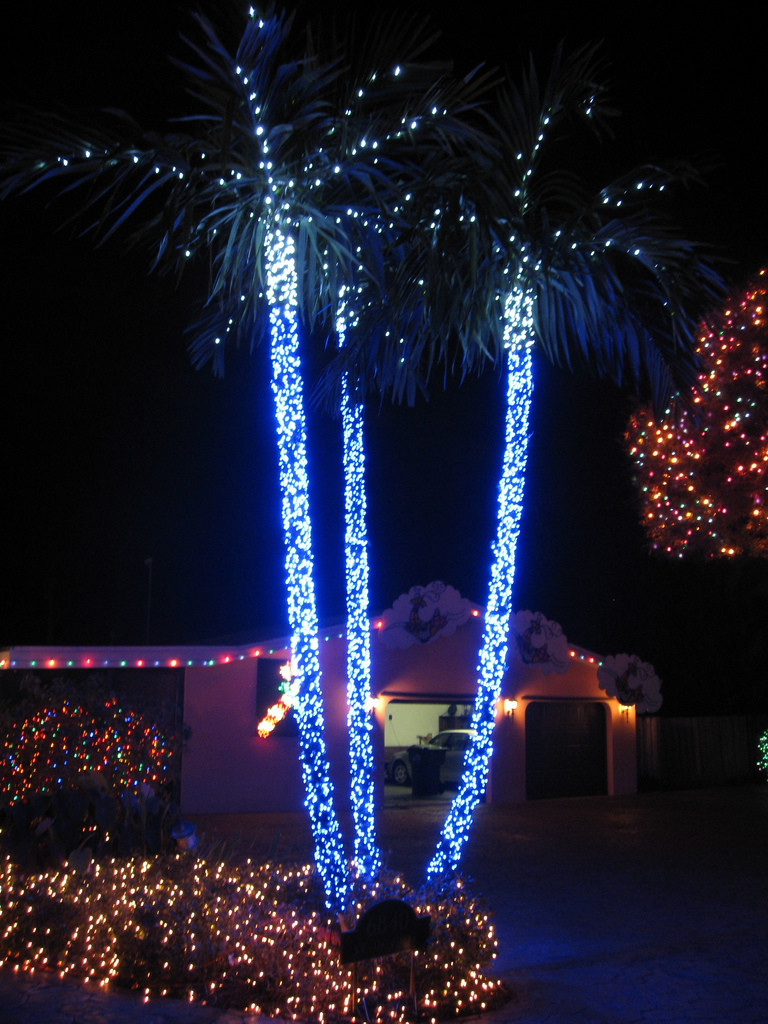 Patio Christmas Lights  Top 10 Biggest Outdoor Christmas Lights House Decorations