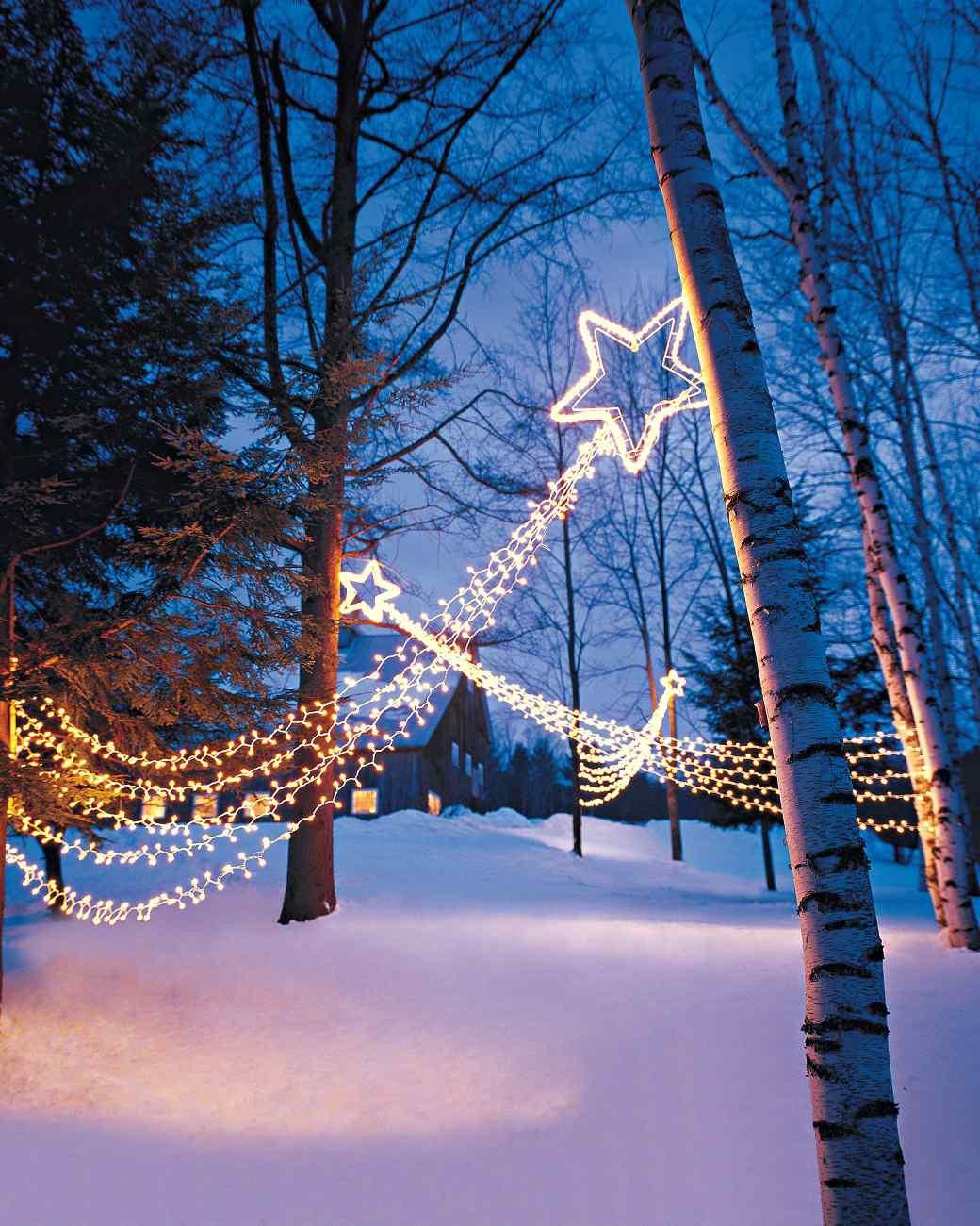 Patio Christmas Lights  15 Beautiful Christmas Outdoor Lighting DIY Ideas