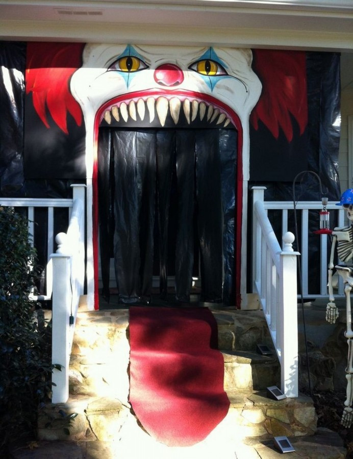 Porch Decorated For Halloween  31 Ideas Halloween Decorations Door for Warm Wel e