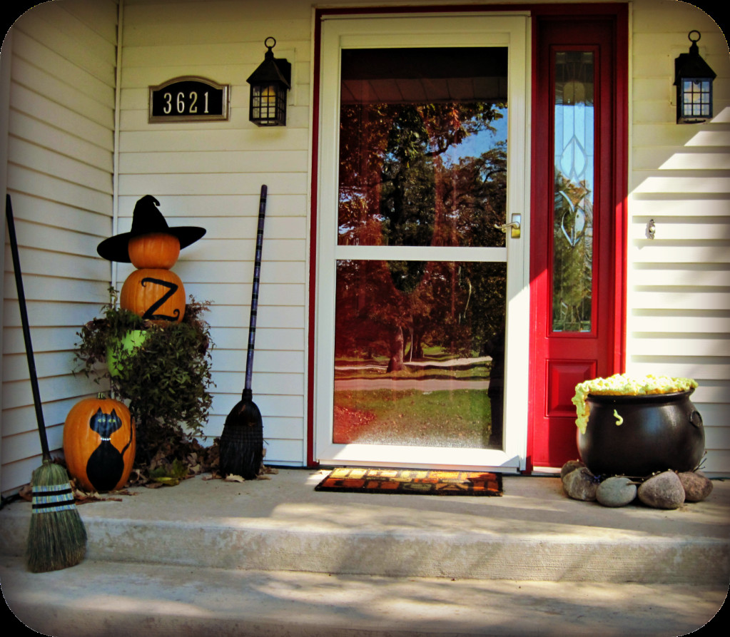 Porch Decorated For Halloween  Halloween porch and DIY outdoor Halloween decorations