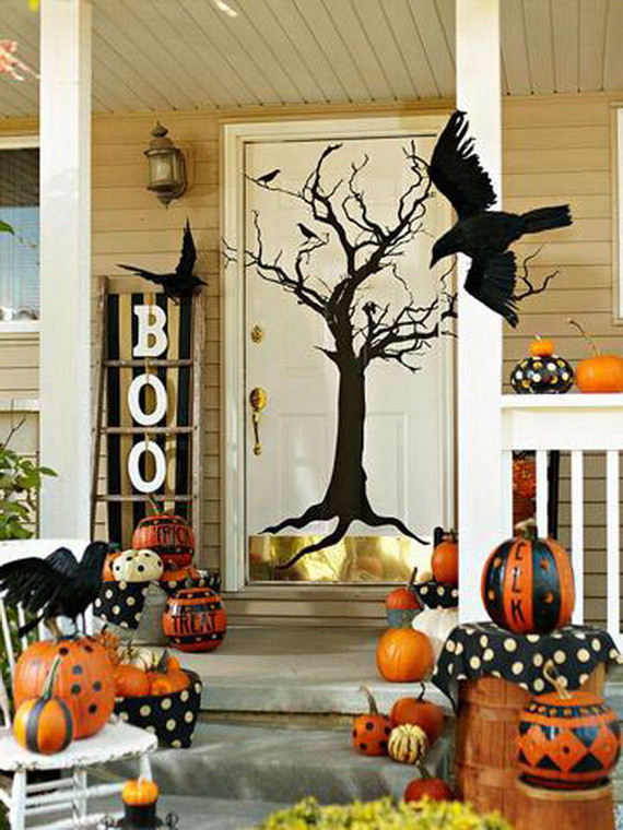 Porch Decorated For Halloween  50 Cool Outdoor Halloween Decorations 2012 Ideas
