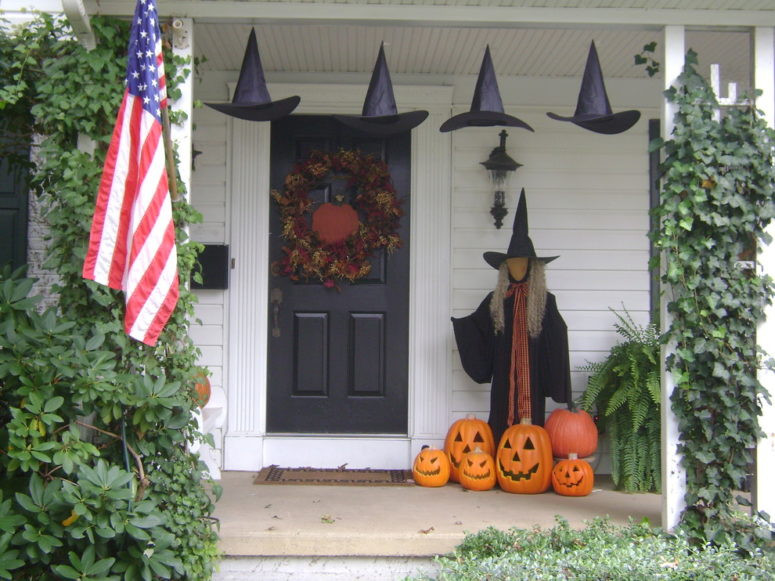 Porch Decorating For Halloween  125 Cool Outdoor Halloween Decorating Ideas DigsDigs