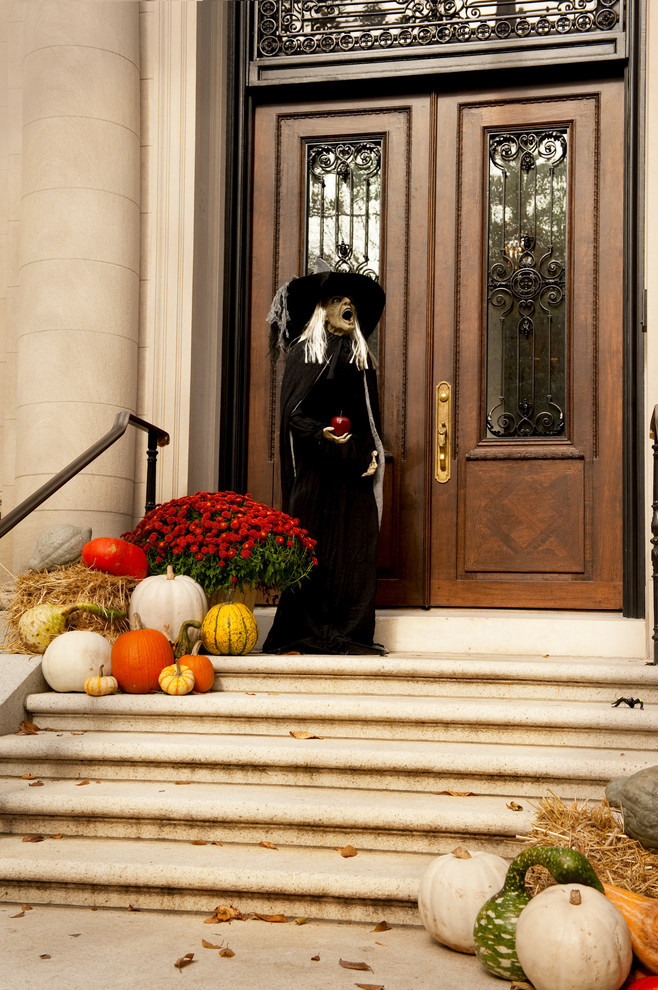 Porch Decorations For Halloween  125 Cool Outdoor Halloween Decorating Ideas DigsDigs