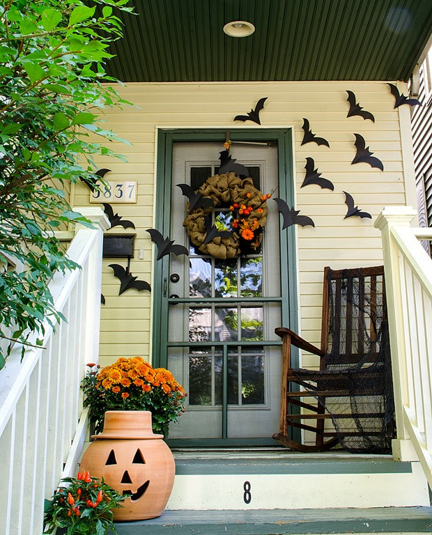 Porch Decorations For Halloween  Halloween Home Decor
