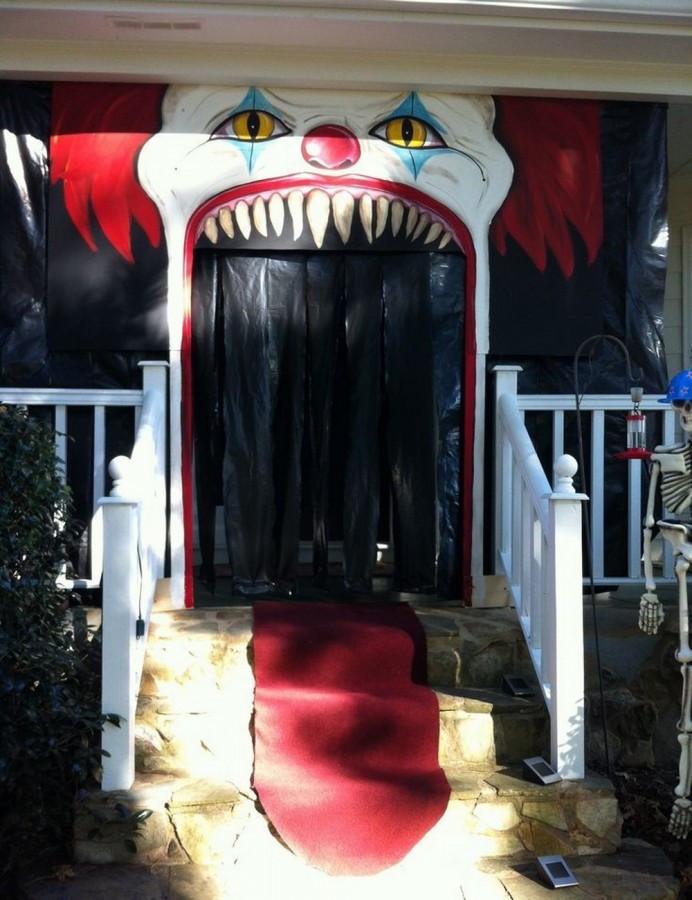 Porch Halloween Decorations  31 Ideas Halloween Decorations Door for Warm Wel e