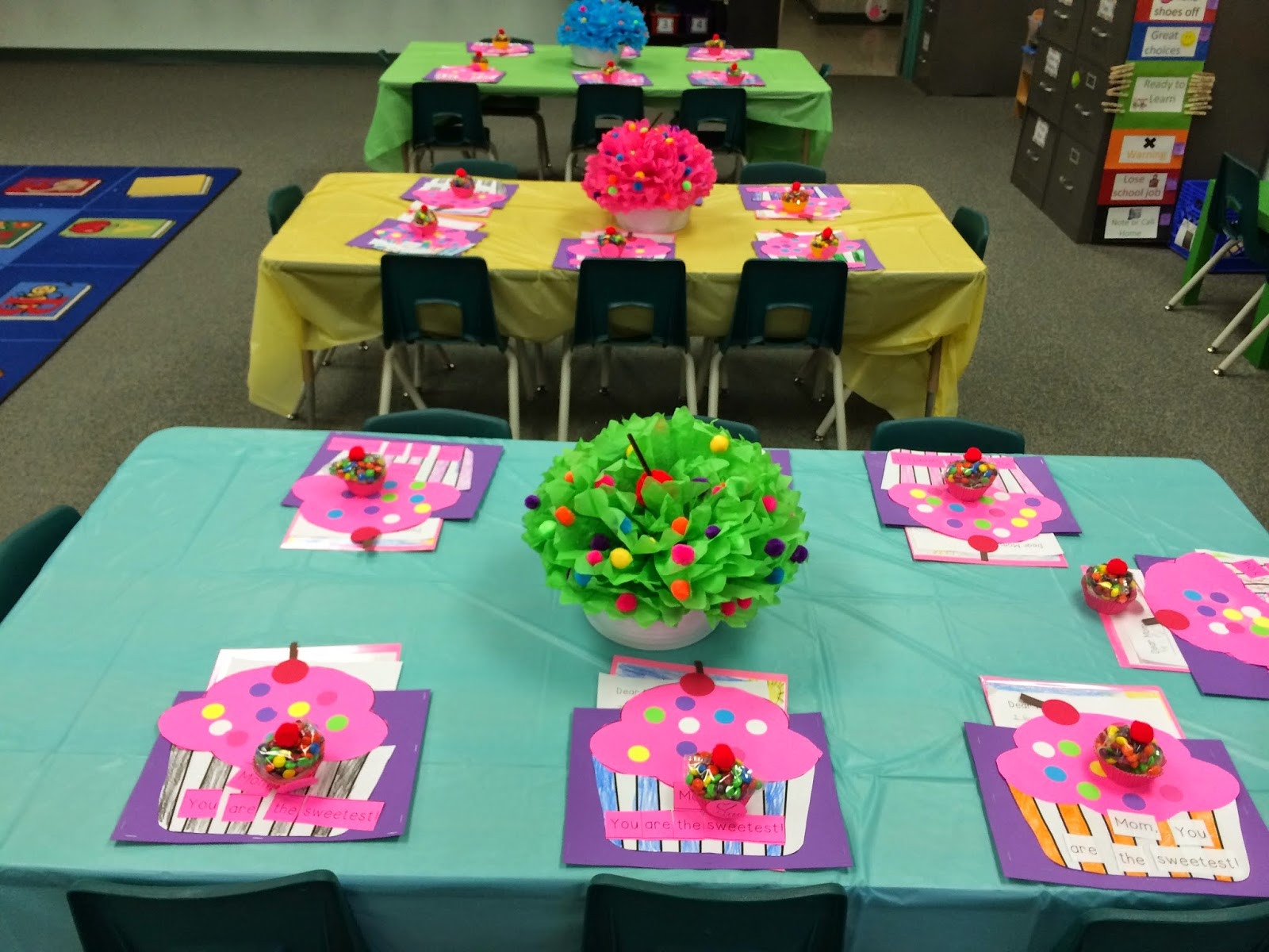 Preschool Mothers Day Gift Ideas  Muffins with Mom Ideas Yeehaw Teaching in Texas