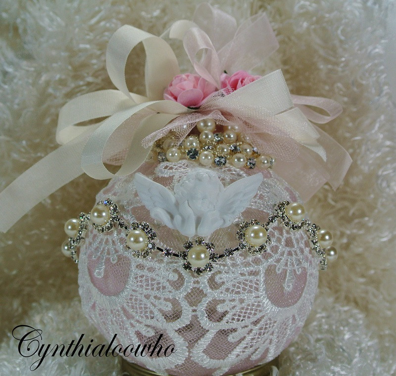 Shabby Chic Christmas Ornaments  Day 6 of 10 Days of Christmas Ornaments with Cynthialoowho
