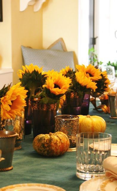 Simple Thanksgiving Table Decorations  Simple Thanksgiving Table Decorations