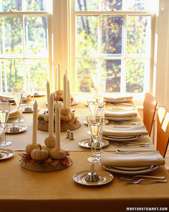 Simple Thanksgiving Table Decorations  Easy and Elegant Thanksgiving Handmade Centerpieces