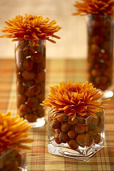 Simple Thanksgiving Table Decorations  20 Creative DIY Thanksgiving Ornaments And Centerpieces