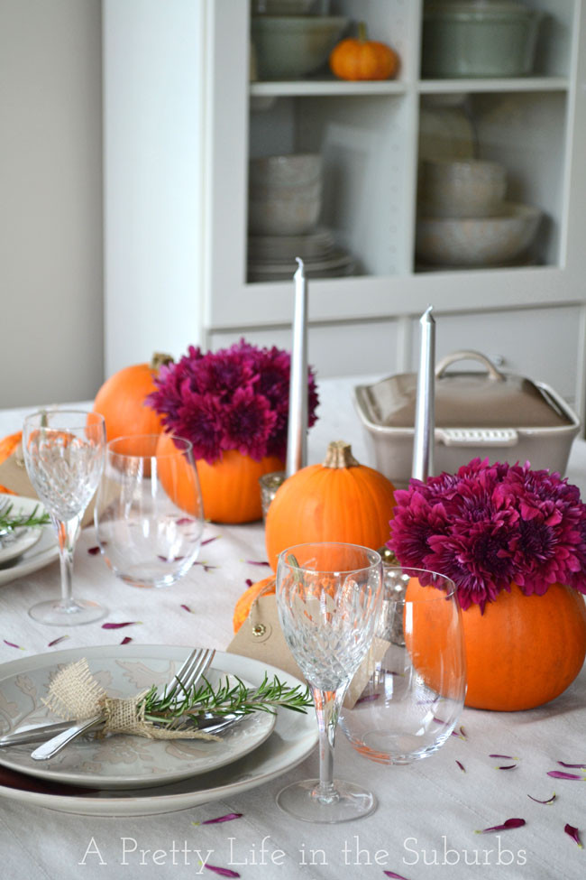 Simple Thanksgiving Table Decorations  Simple Ideas for a Thanksgiving Table Setting A Pretty