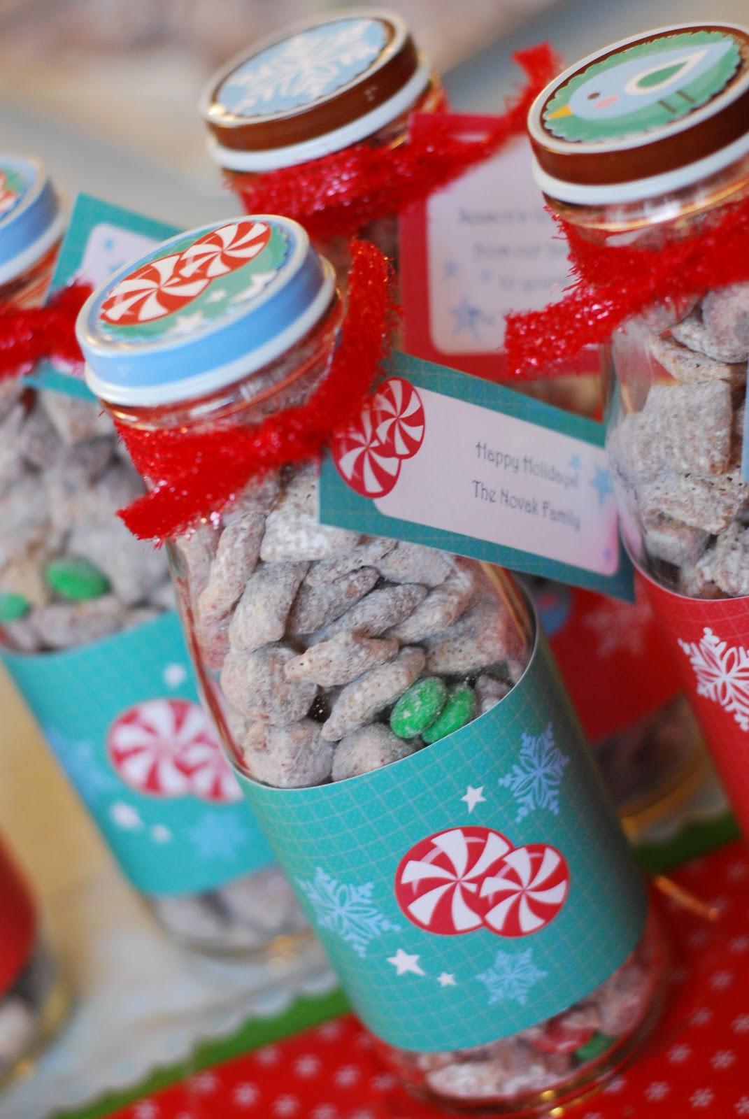 Small Christmas Gift Ideas  reindeer food