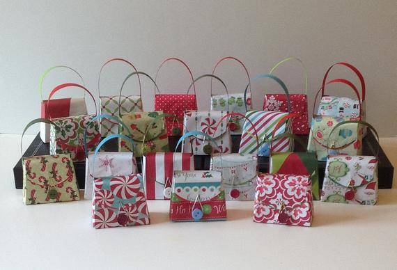 Small Holiday Gift Ideas  Items similar to 24 Small Christmas t boxes party