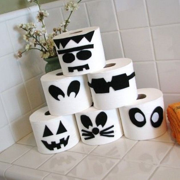 Toilet Paper Roll Halloween Decorations  Who knew toilet paper could be part of Halloween