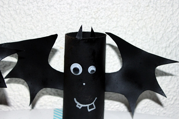 Toilet Paper Roll Halloween Decorations  Halloween crafts for kids 19 upcycled toilet paper rolls