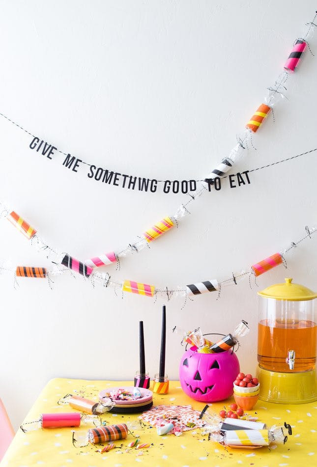 Toilet Paper Roll Halloween Decorations  30 DIY Halloween Crafts That Are Totes Instagram Worthy