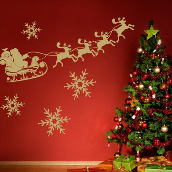 Wall Decor For Christmas  house of decor Holiday Wall Décor