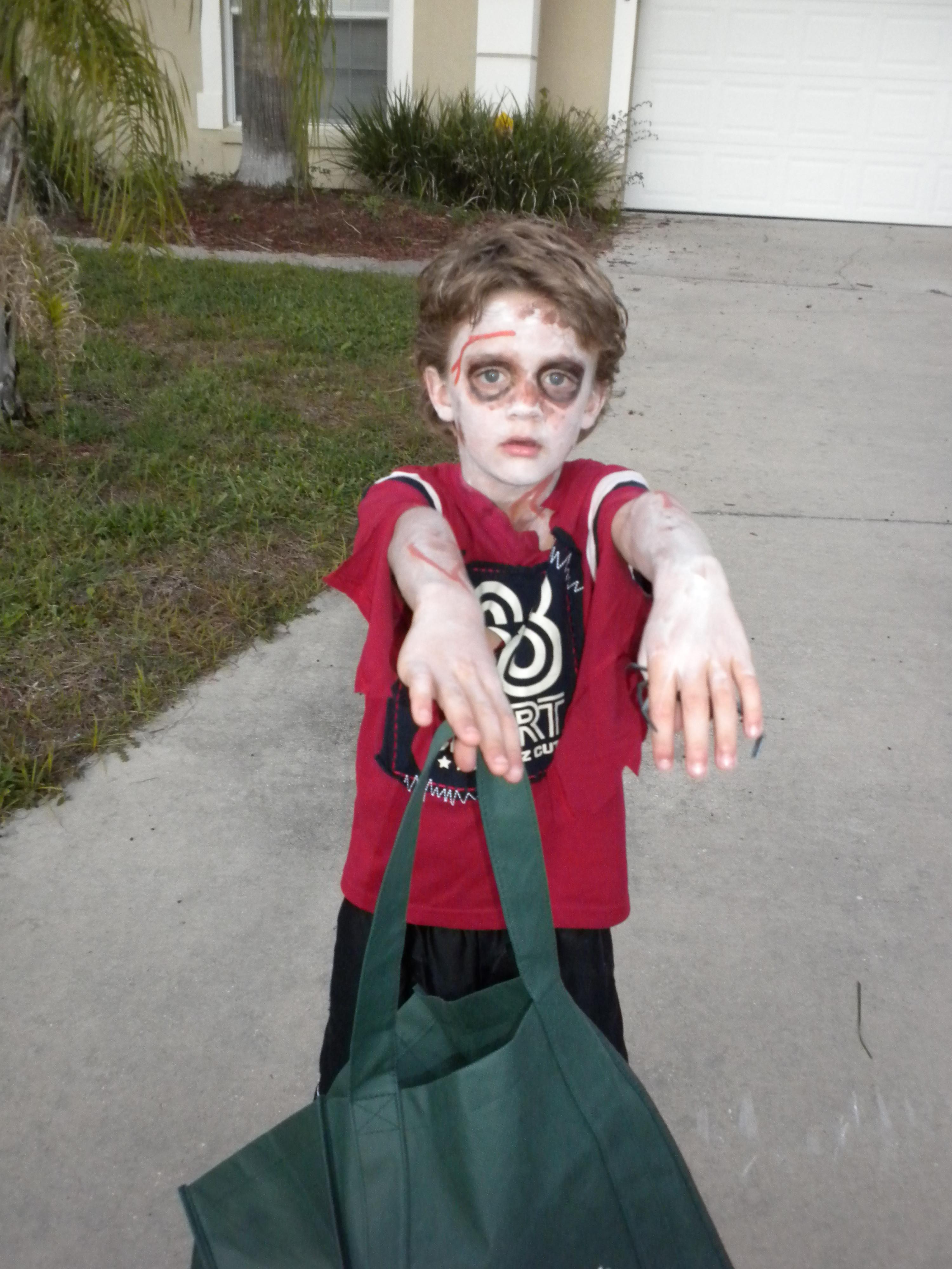 Zombie DIY Costume  DIY Halloween Costumes